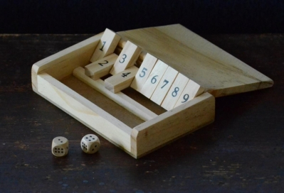 shut the box peli